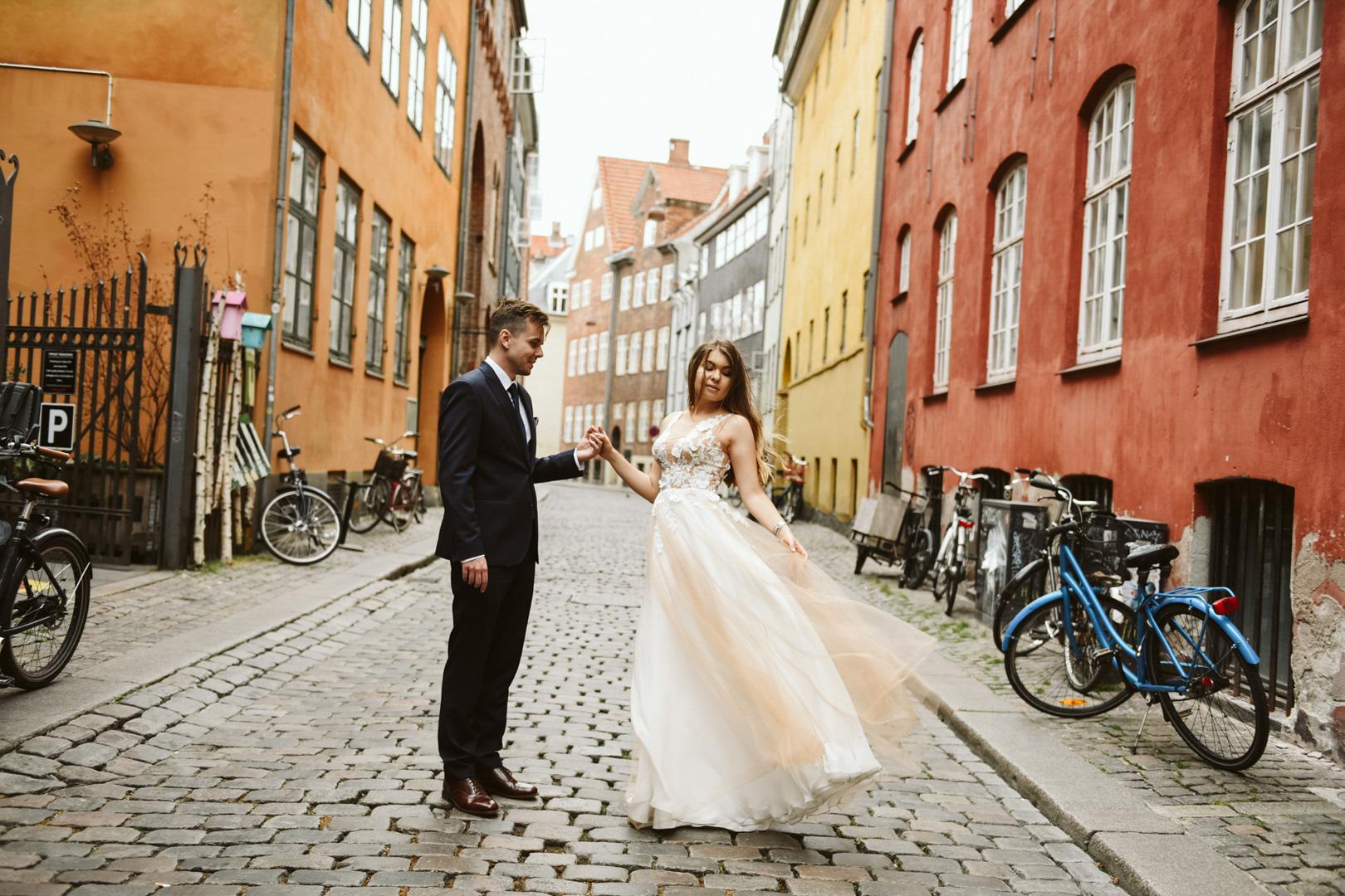 best photographer copenhagen bride and groom